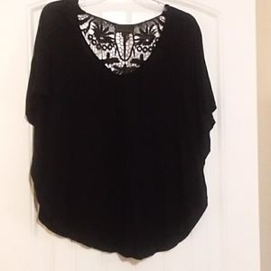Black top lace detail on back